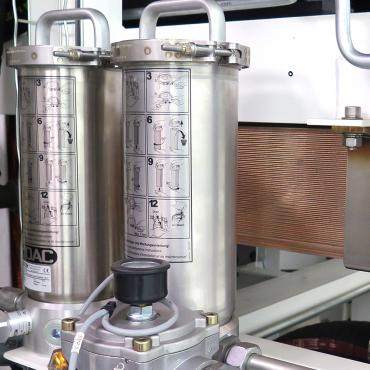 What is hydraulic filtration?